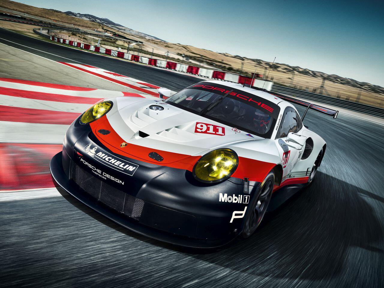Bild zu Porsche 911 RSR