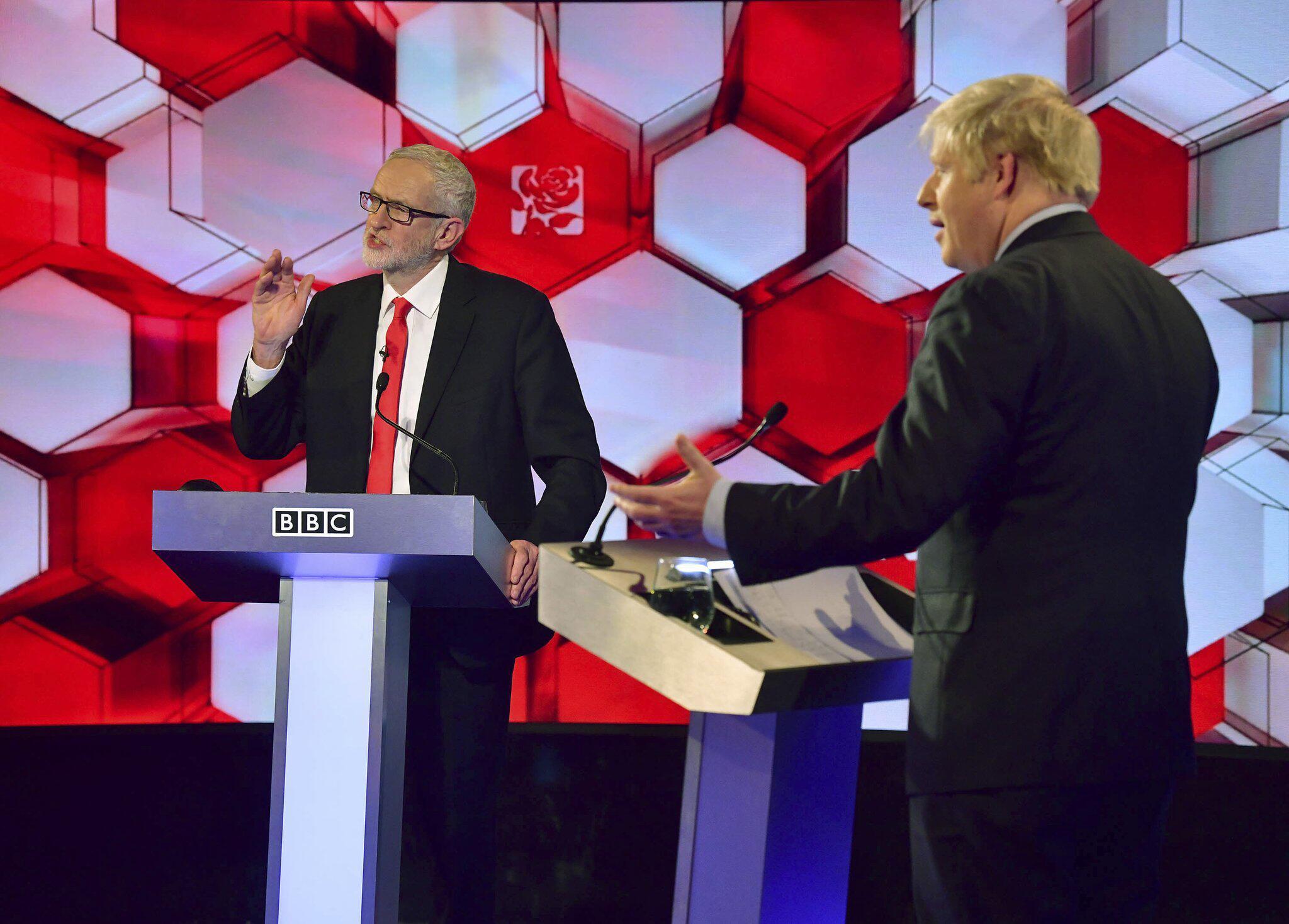 Bild zu Wahlkampf in Großbritannien - TV Debatte