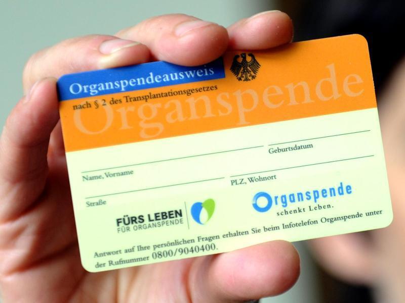 Bild zu Organspende-Ausweis