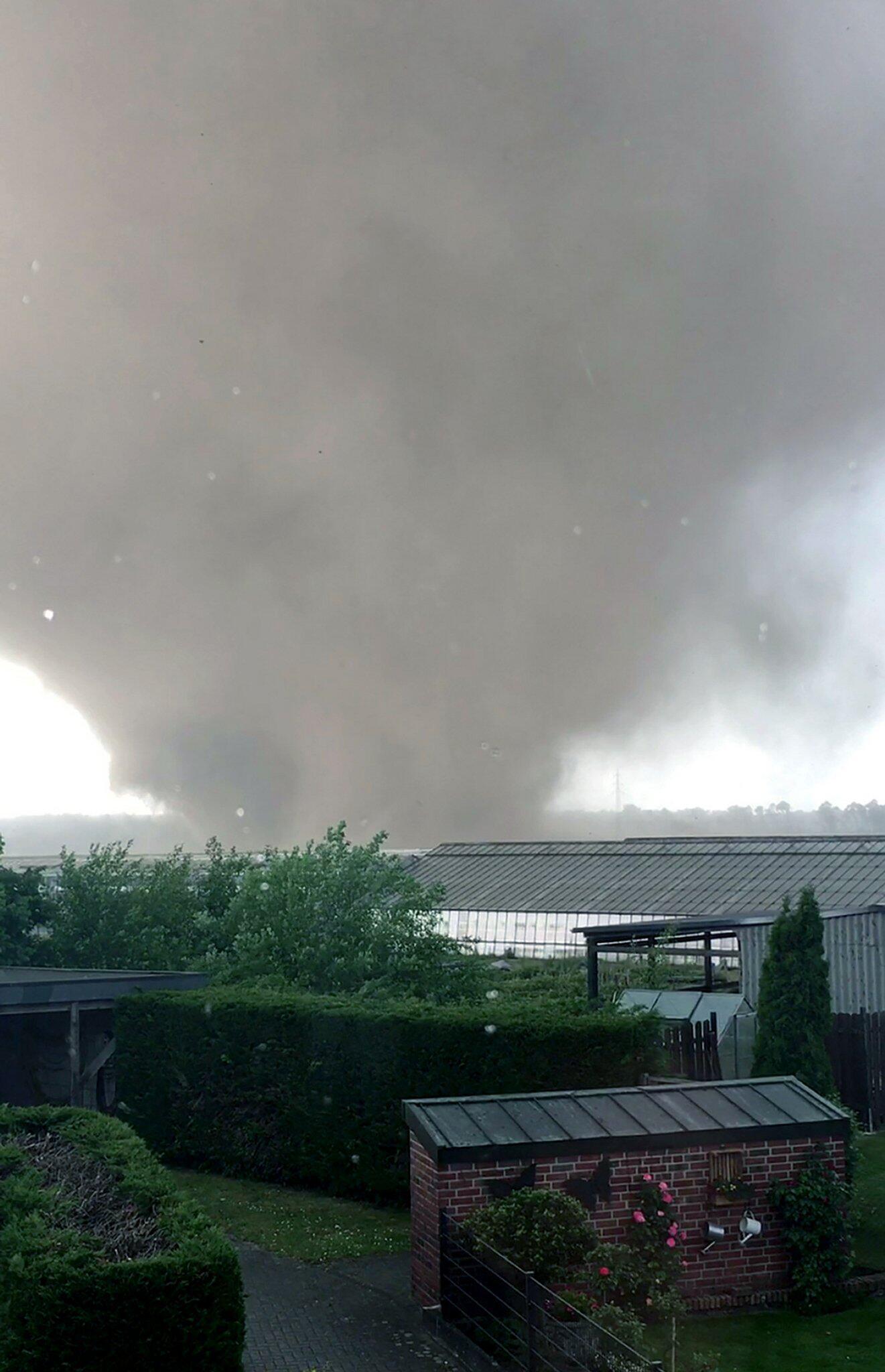 Bild zu Wirbelsturm, Tornado, Niederrhein, Viersen, Schwalmtal