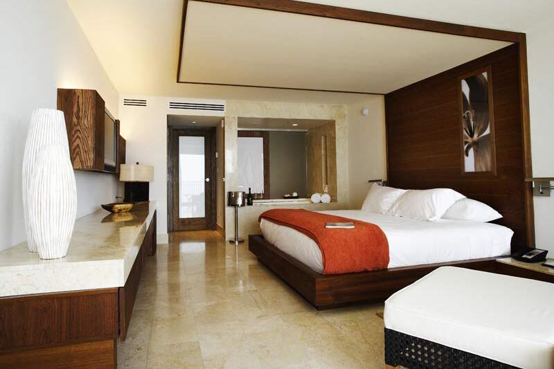 Costa d'Este Beach Resort