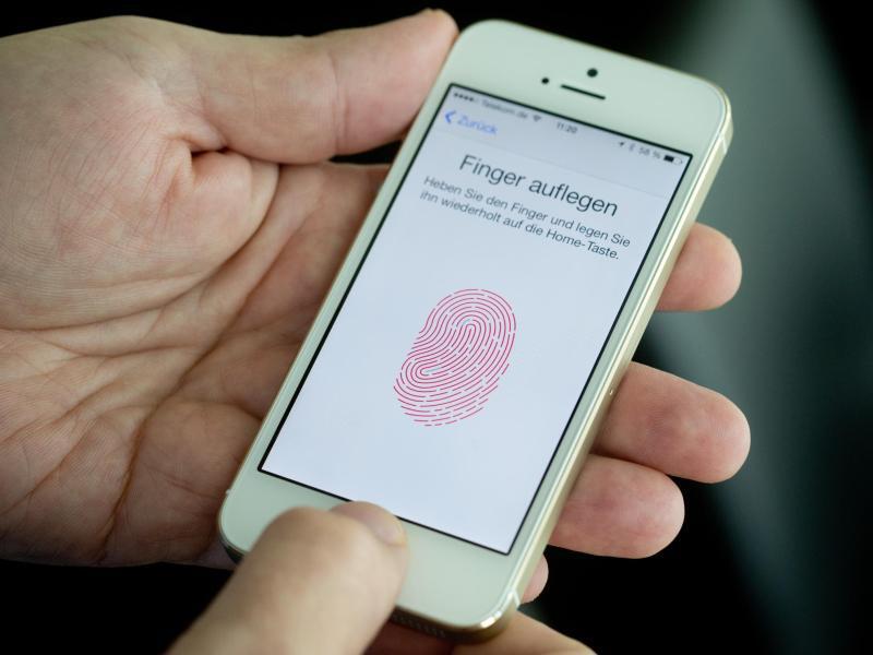 Bild zu iPhone mit Touch-ID-Sicherung