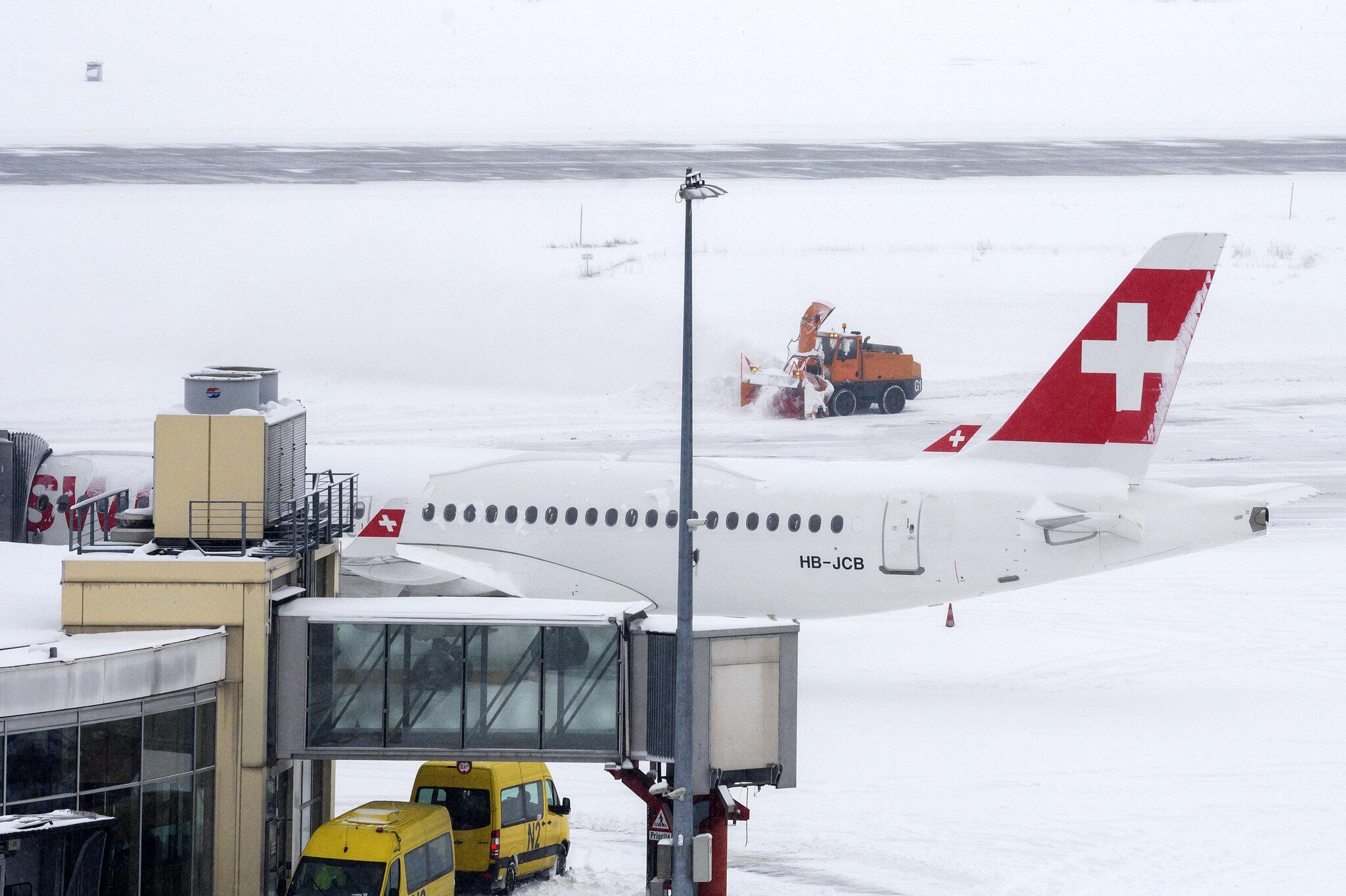 Bild zu Flughafen Genf geschlossen