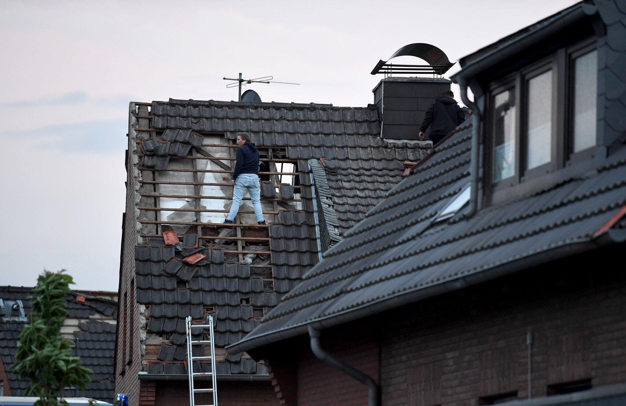 Bild zu Tornado, Niederrhein, Schwalmtal, Viersen, Dach
