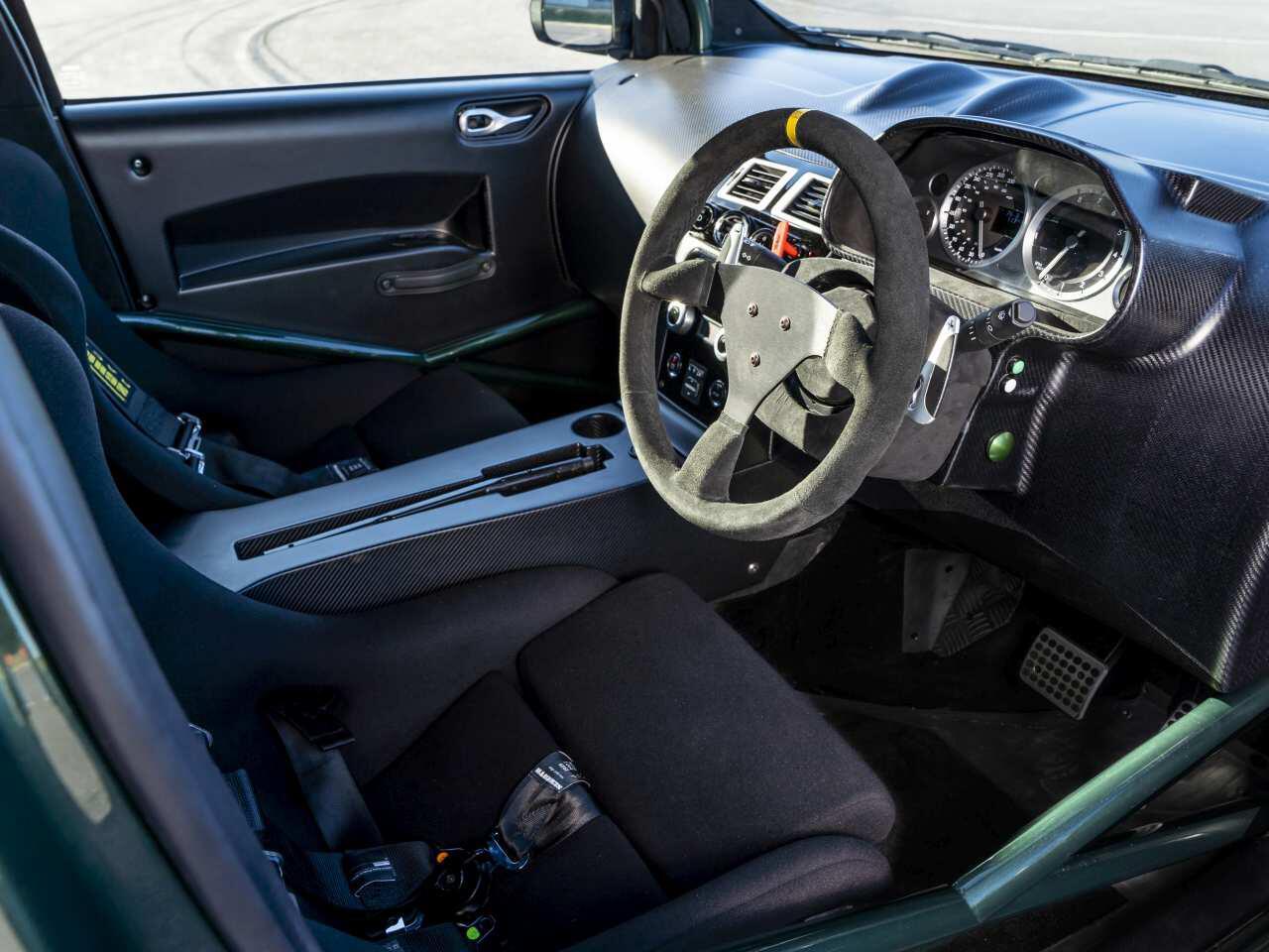 Bild zu Aston Martin Cygnet V8