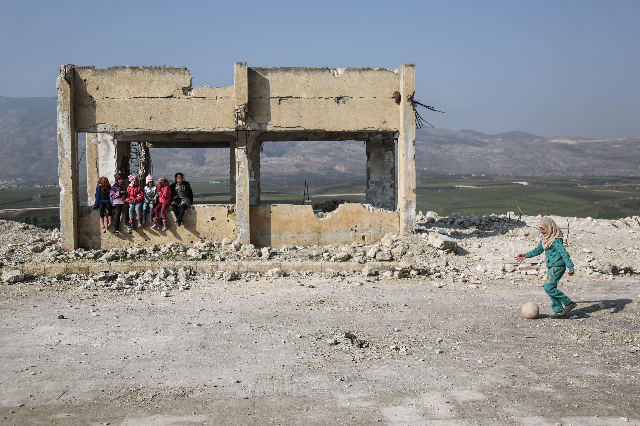 Bild zu Beschädigte Schule in Syrien