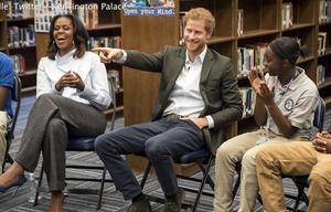 Prinz Harry und Michelle Obama ueberraschen Studenten