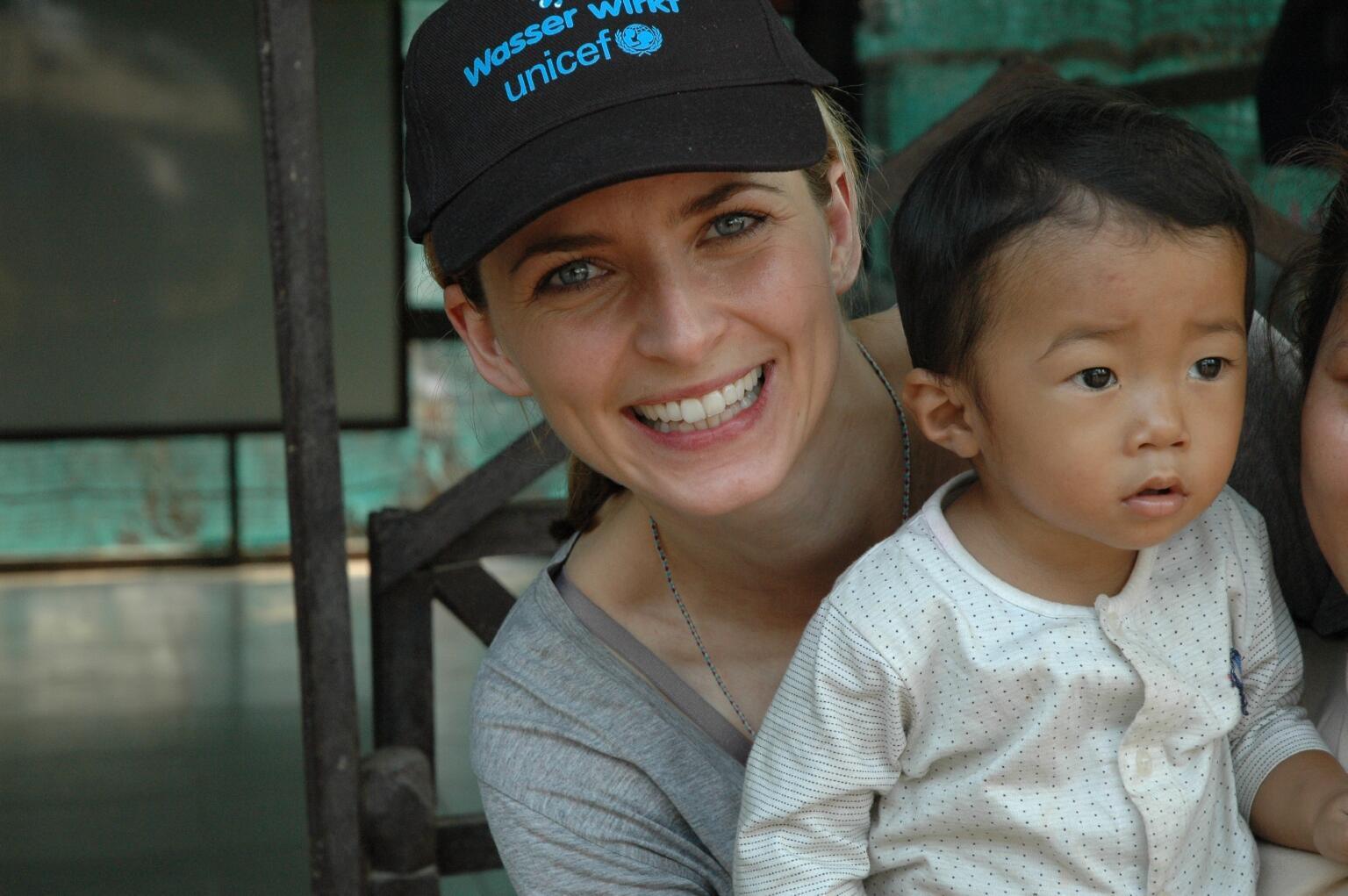 Bild zu Eva Padberg, UNICEF, Kambodscha