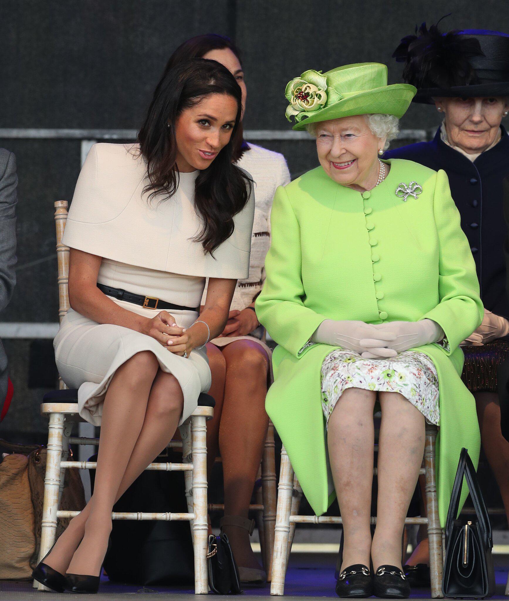 Bild zu Queen und Herzogin Meghan eröffnen Mersey Gateway