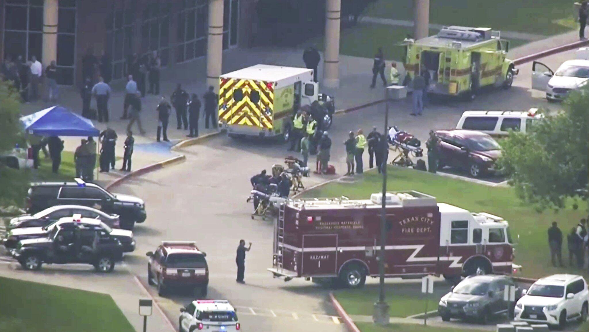 Bild zu Verletzte nach Schüssen in High School in Texas