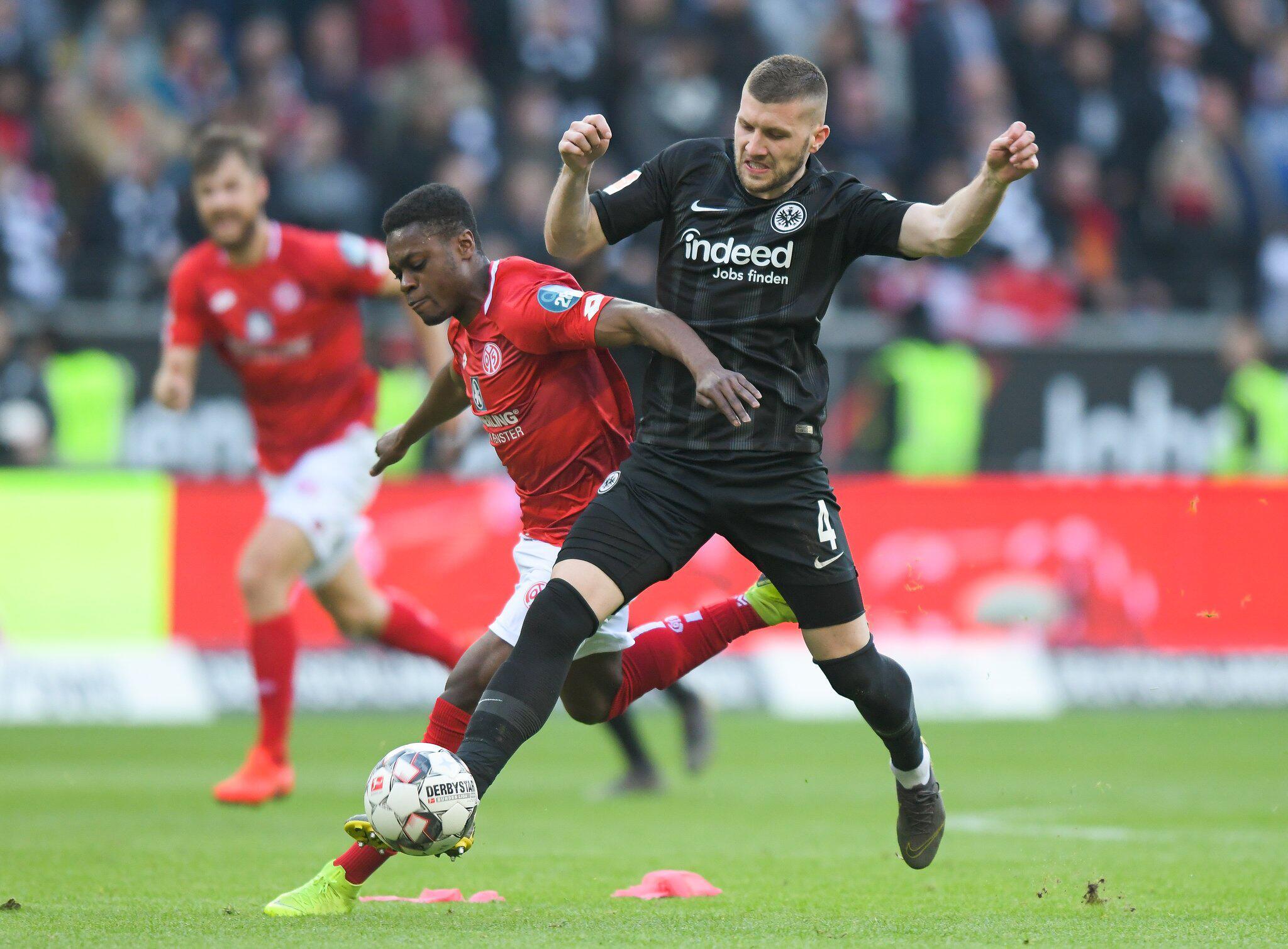 Bild zu Eintracht Frankfurt - FSV Mainz 05