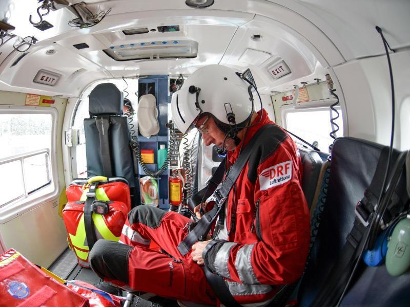 Bild zu Vorbereitung im Rettungshubschrauber