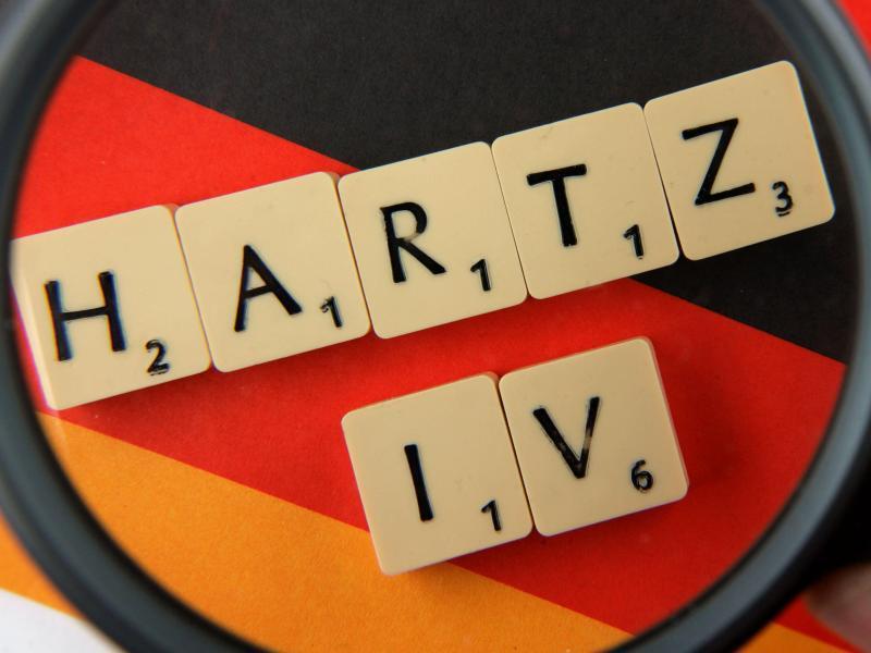 Bild zu Hartz-IV und Lupe