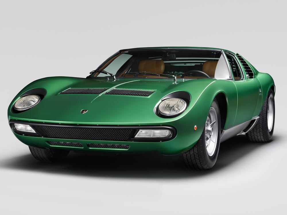 Bild zu Lamborghini zeigt zum 50. Jubiläum einen restaurierten Miura SV
