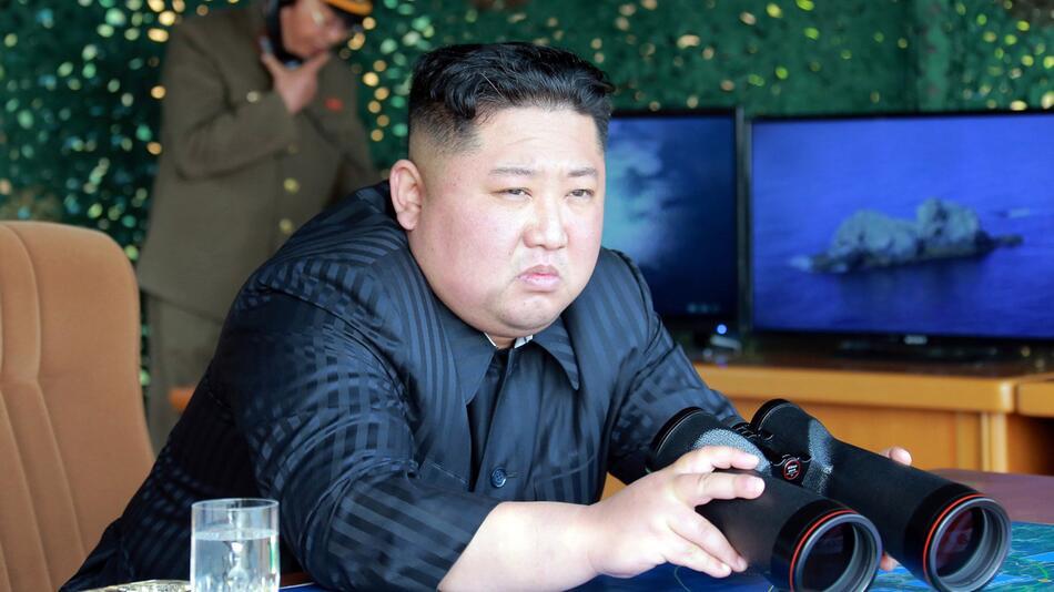 Nordkorea testete Raketen und Lenkwaffen