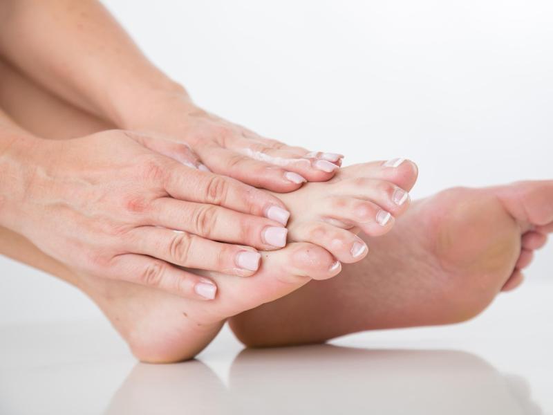 Bild zu Füße pflegen