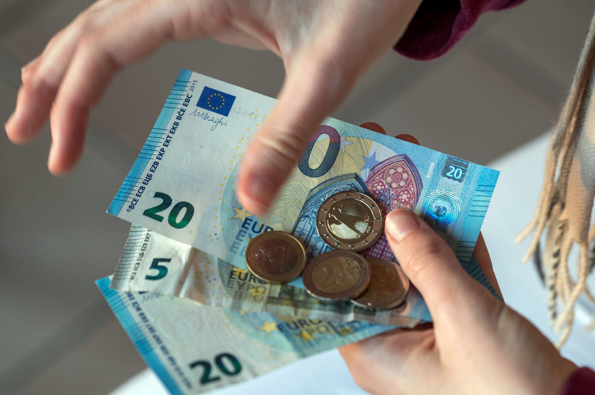 Bild zu Gehalt Lohn
