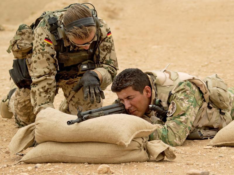 Bild zu Waffenausbildung