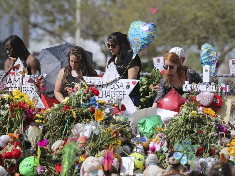 Bild zu Nach dem Massaker an Highschool in Florida