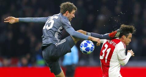 Champions League, Ajax Amsterdam - Bayern München, Thomas Müller, Kung Fu, Nicolas Tagliafico