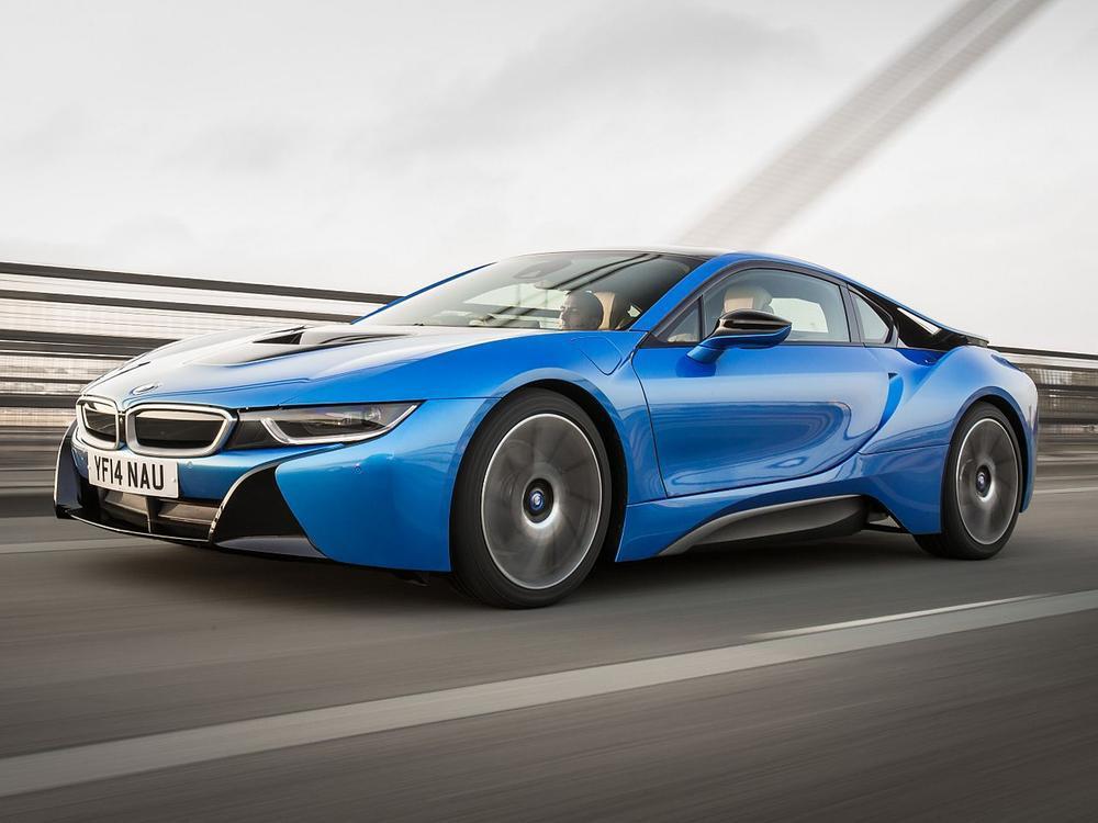Bild zu BMW i8