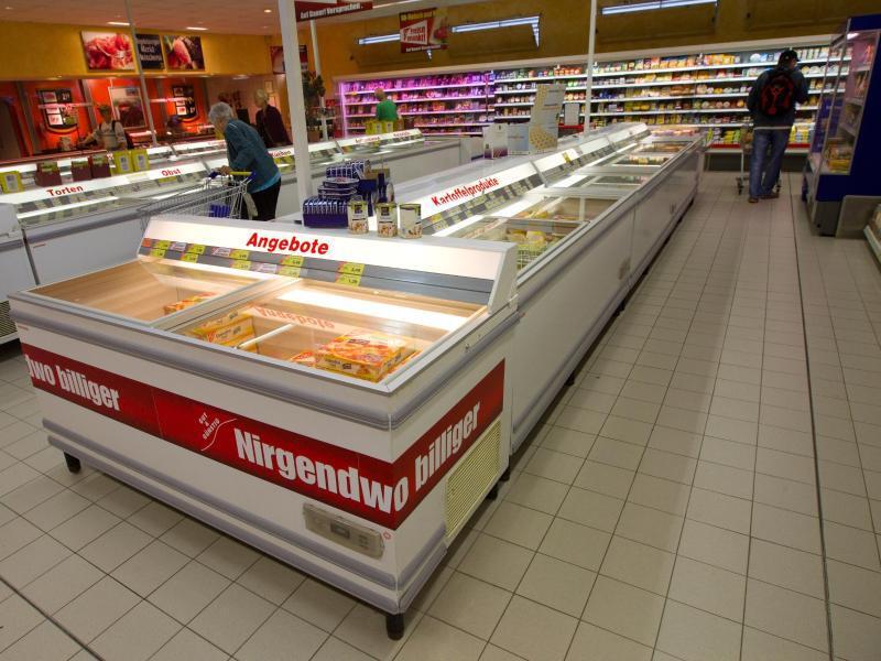 Bild zu Tiefkühltruhen im Supermarkt