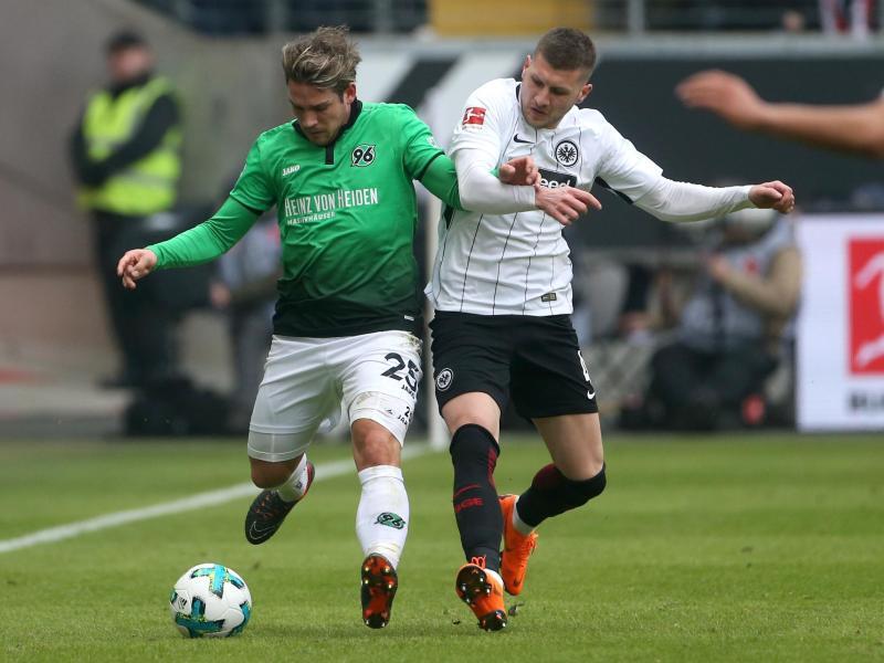 Bild zu Eintracht Frankfurt - Hannover 96