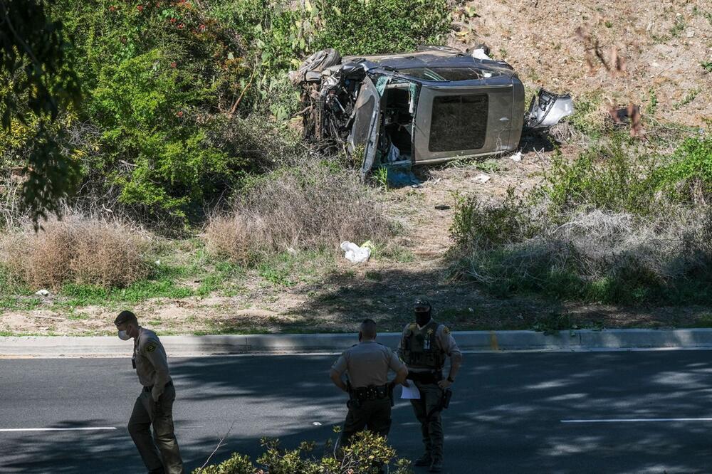 Golf-Profi Tiger Woods bei Verkehrsunfall verletzt