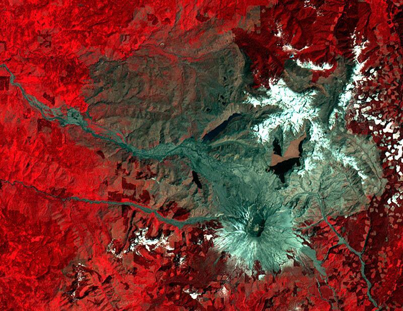 Bild zu Mount St. Helens 1983