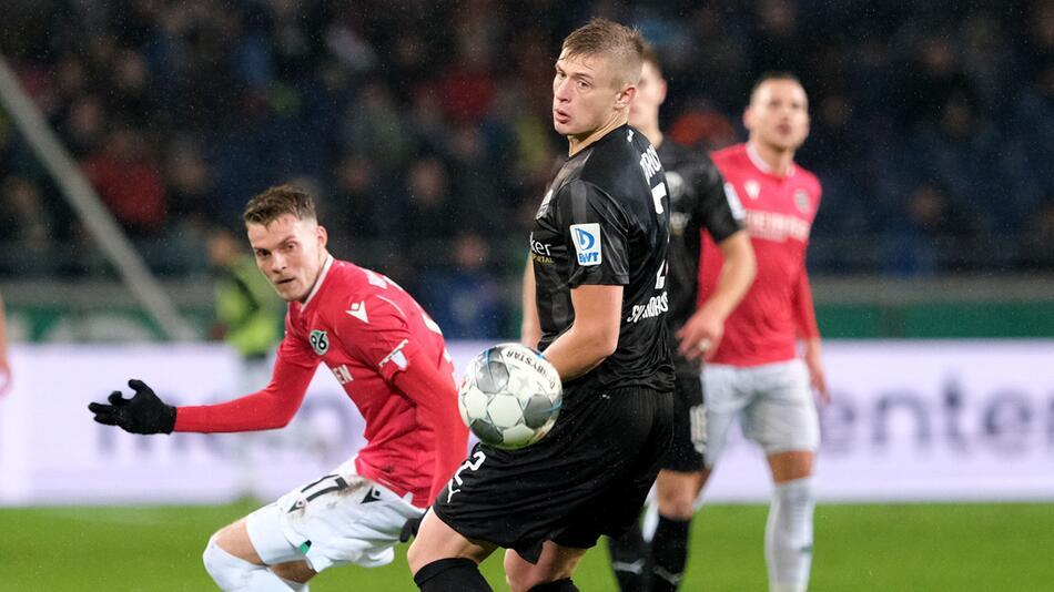 Hannover 96 - SV Sandhausen