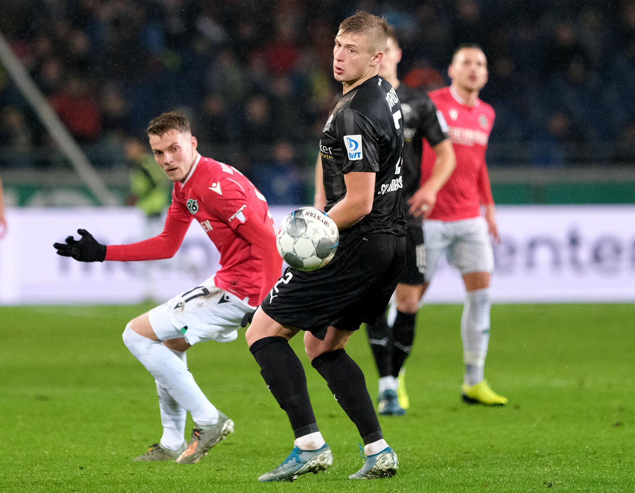 Bild zu Hannover 96 - SV Sandhausen