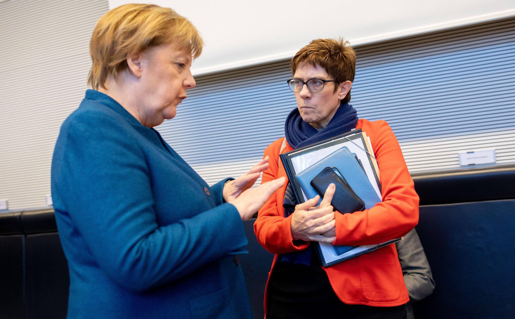 Bild zu Streit zwischen SPD und Union über Zukunft der Regierung Merkel