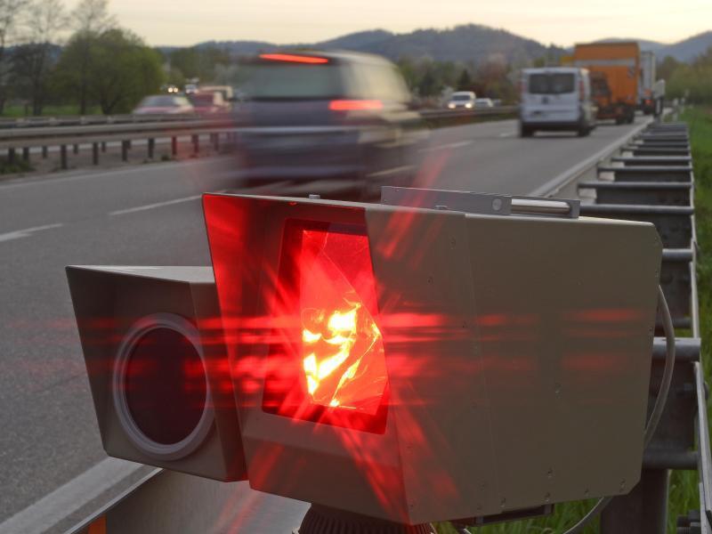 Bild zu Radarfalle an der Autobahn