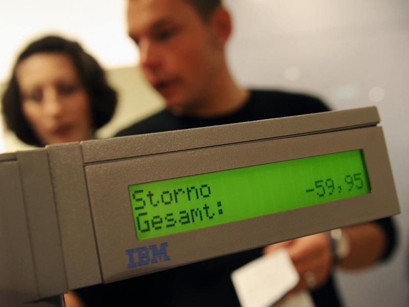 """Bild zu Eine Kasse zeigt """"Storno"""" an"""