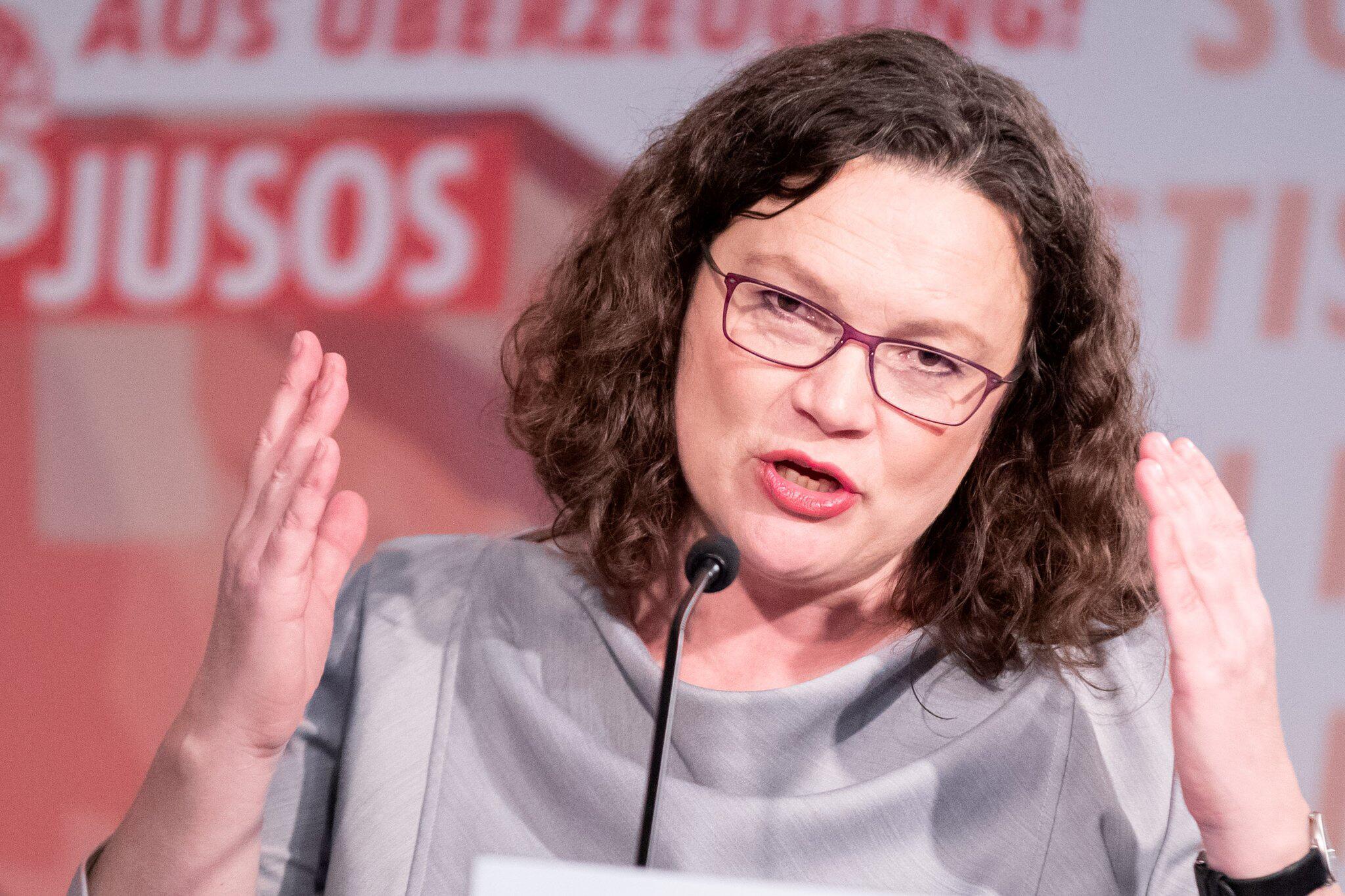Bild zu Bundeskongresses der Jusos in Düsseldorf Andrea Nahles