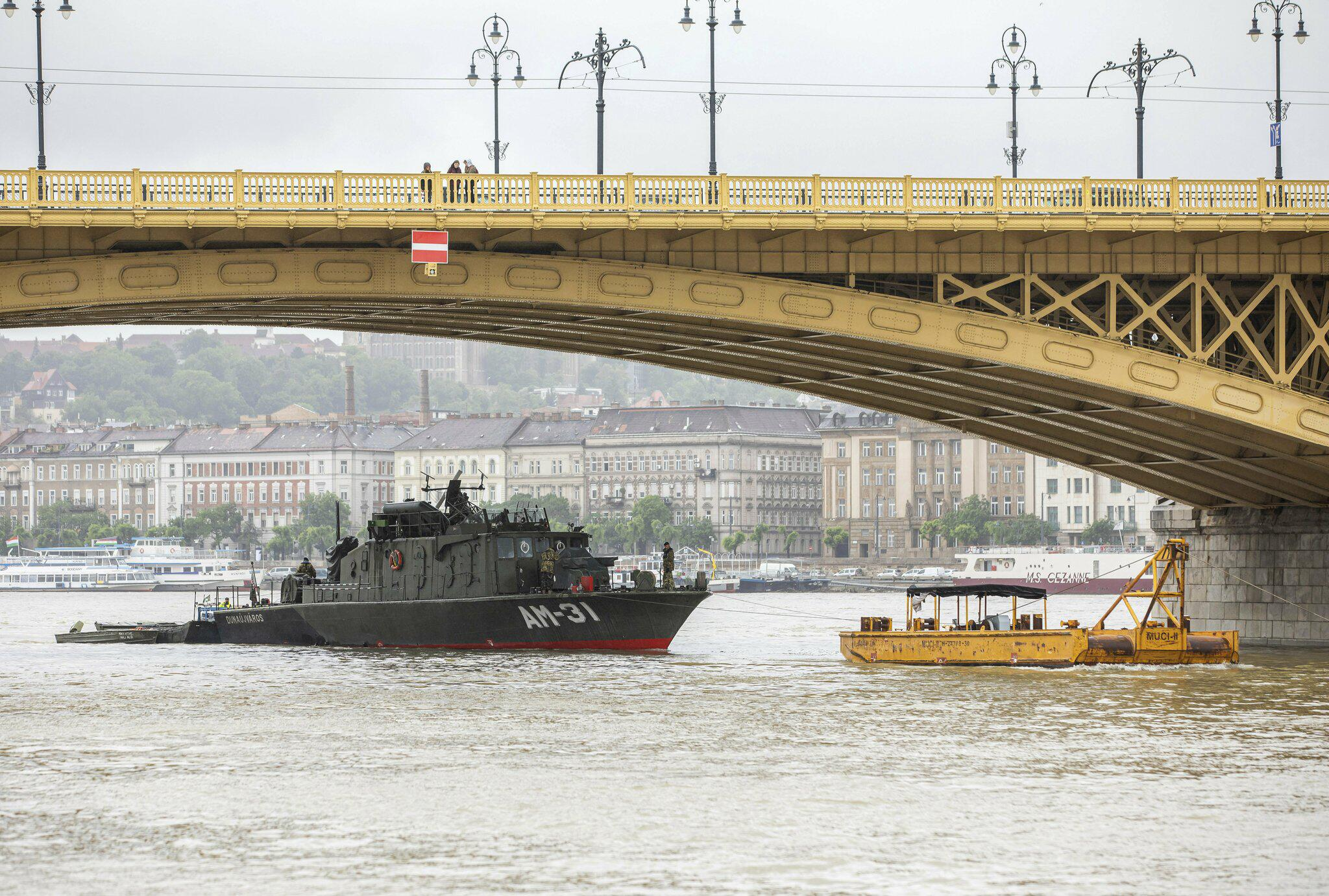 Bild zu Schiffsunglück auf der Donau in Budapest