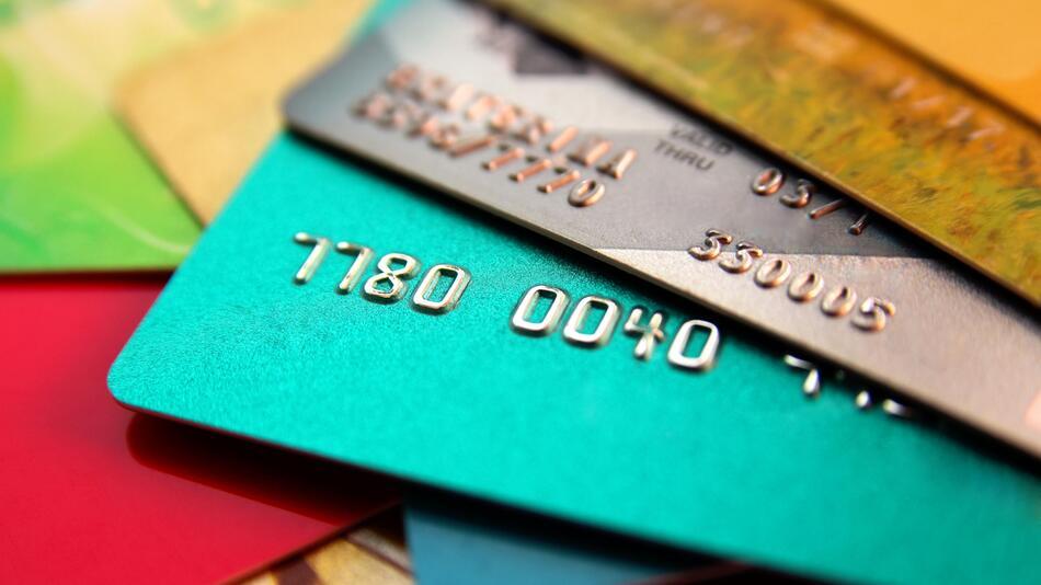 kreditkarte, finanzen, bezahlen, geld, kostenlose kreditkarte, gebührenfrei, american express, DKB