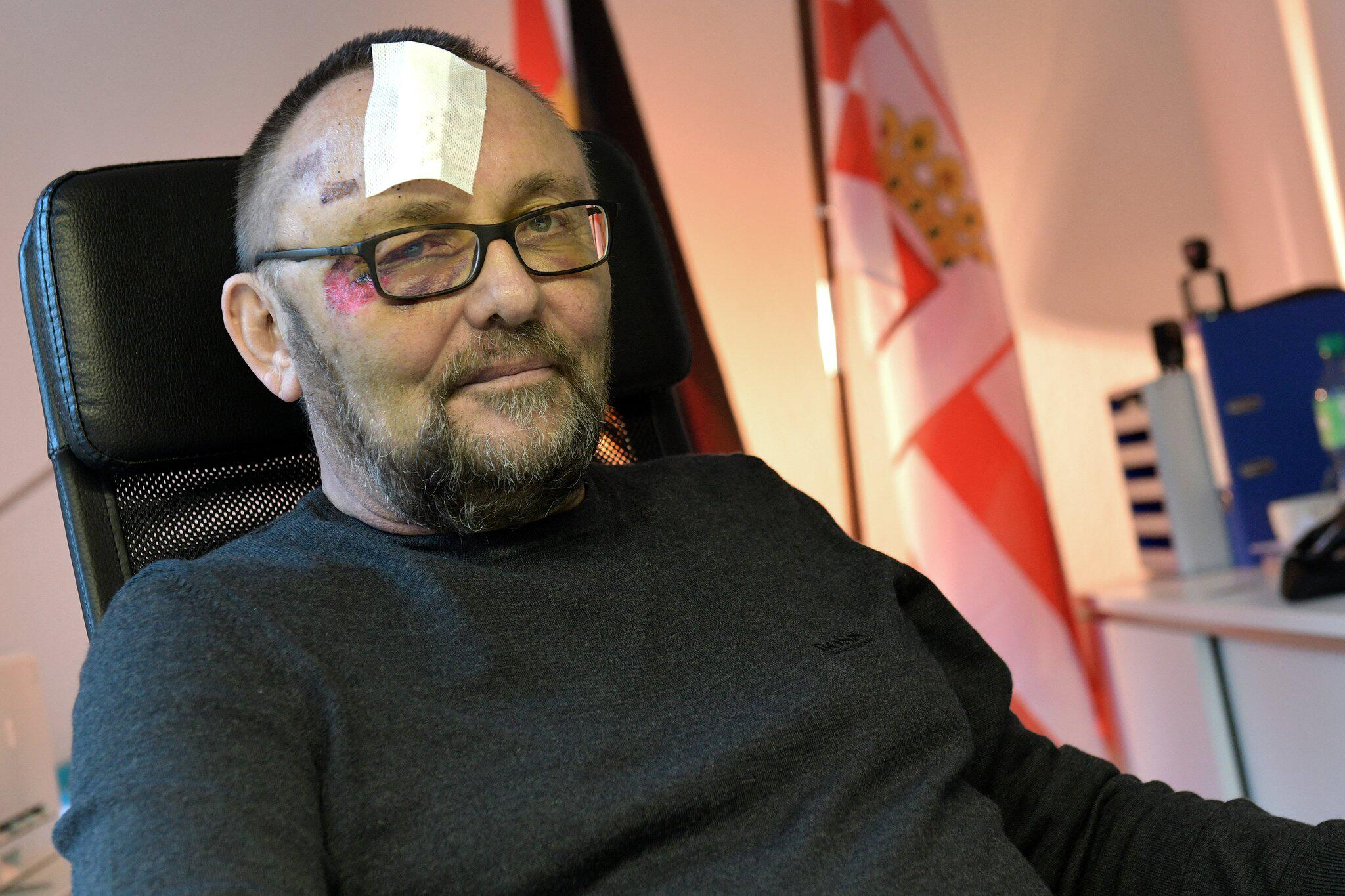 Bild zu Frank Magnitz in the AfD office in Bremen