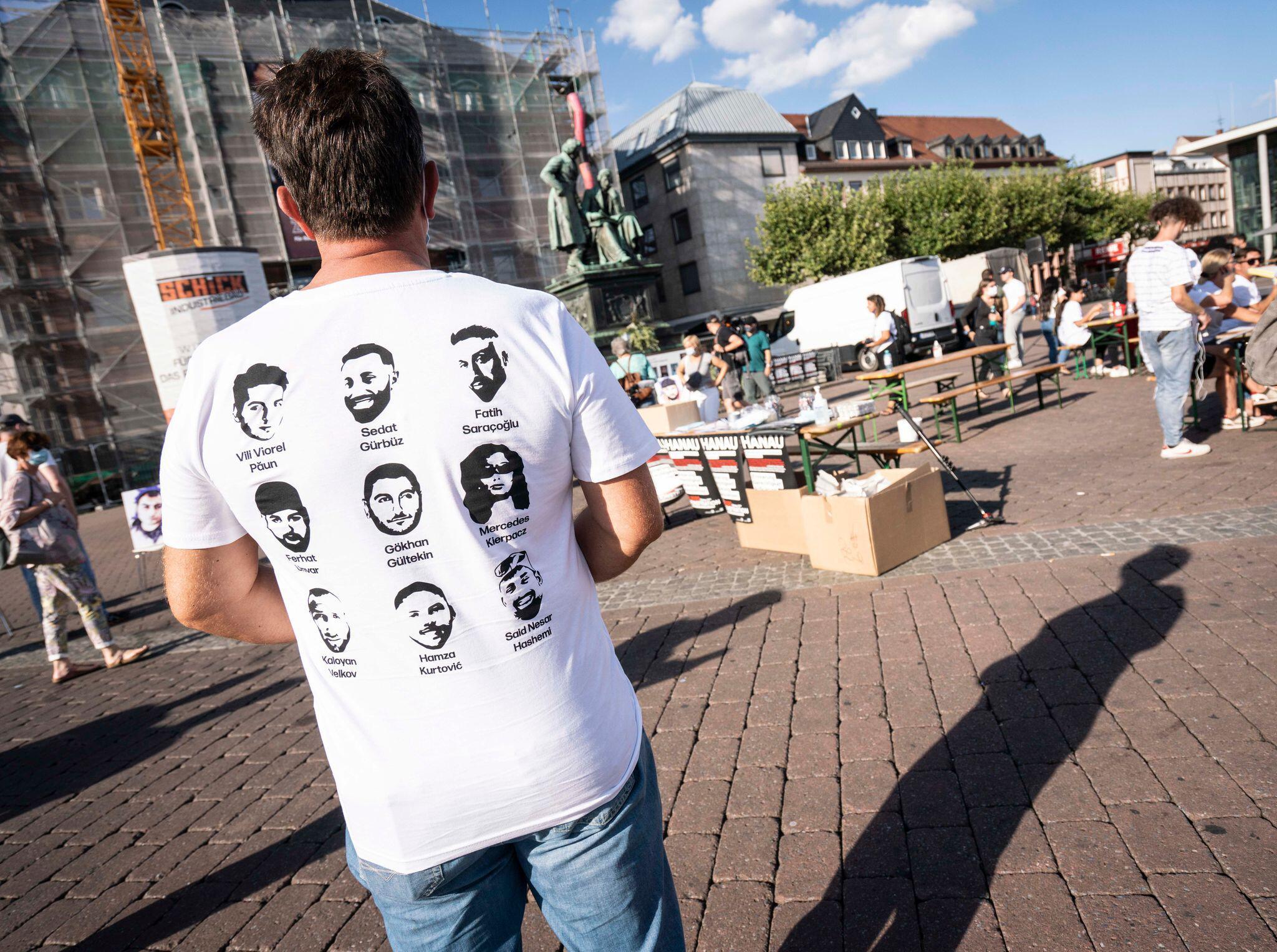 Bild zu Gedenken an Anschlagsopfer in Hanau