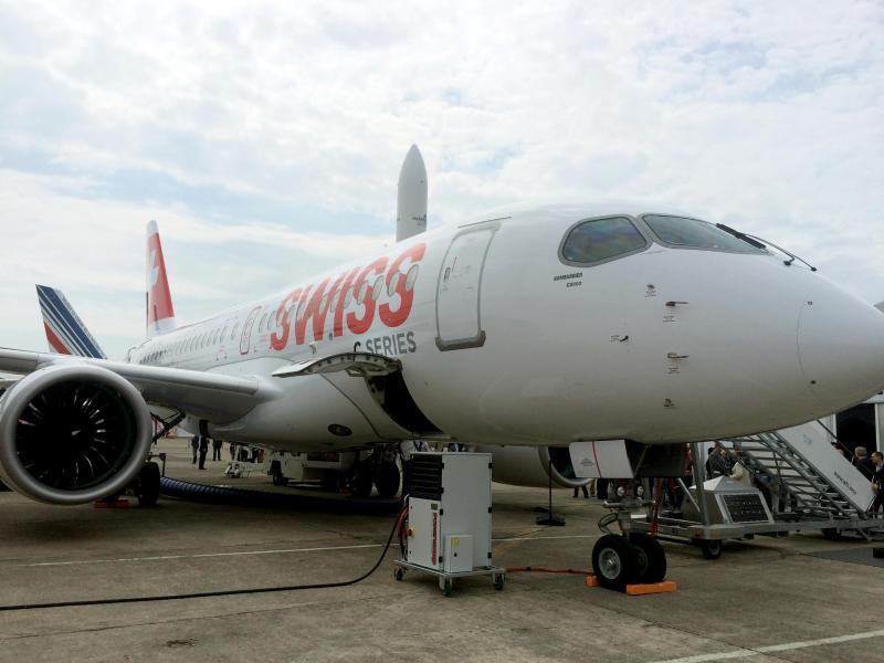 Bild zu Mittelstrecken-Jet CS100