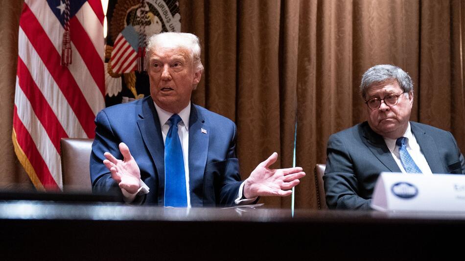 US-Präsident Trump und US-Justizminister Barr