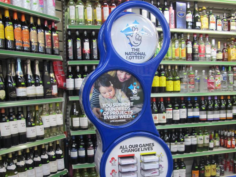 Bild zu Lotto-Annahmestelle in London