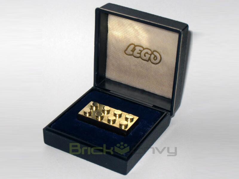 Bild zu Goldener Lego-Stein