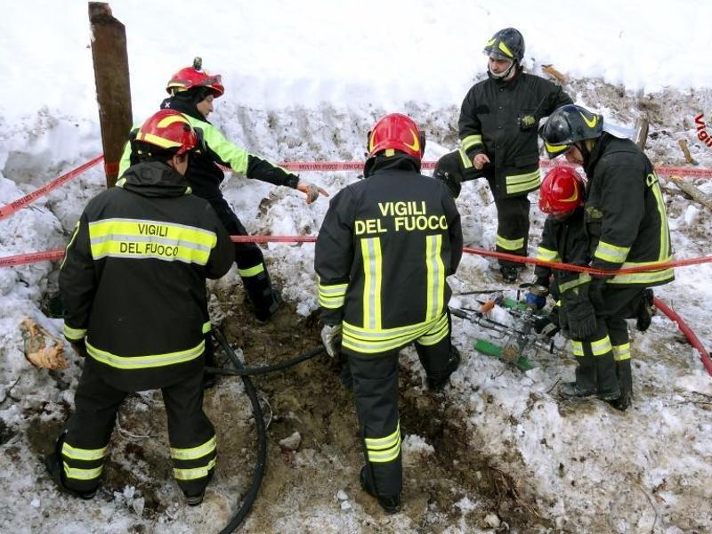 Bild zu Katastrophenhelfer