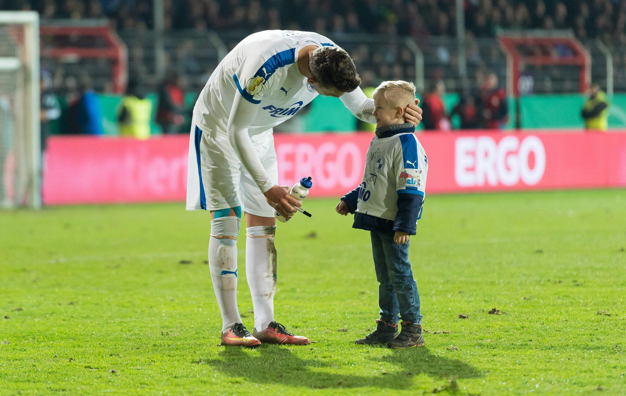 Bild zu SF Lotte - Borussia Dortmund