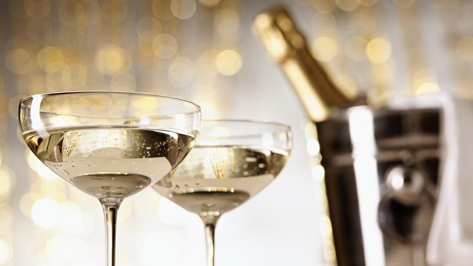 Champagner, Sekt, Feier, Getränke, Alkohol, Beauty, Schönheit, Pflege