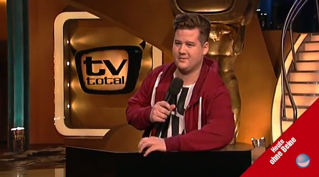 Bild zu Der Screenshot aus dem Youtube-Video von TV Total mit Chris Tall
