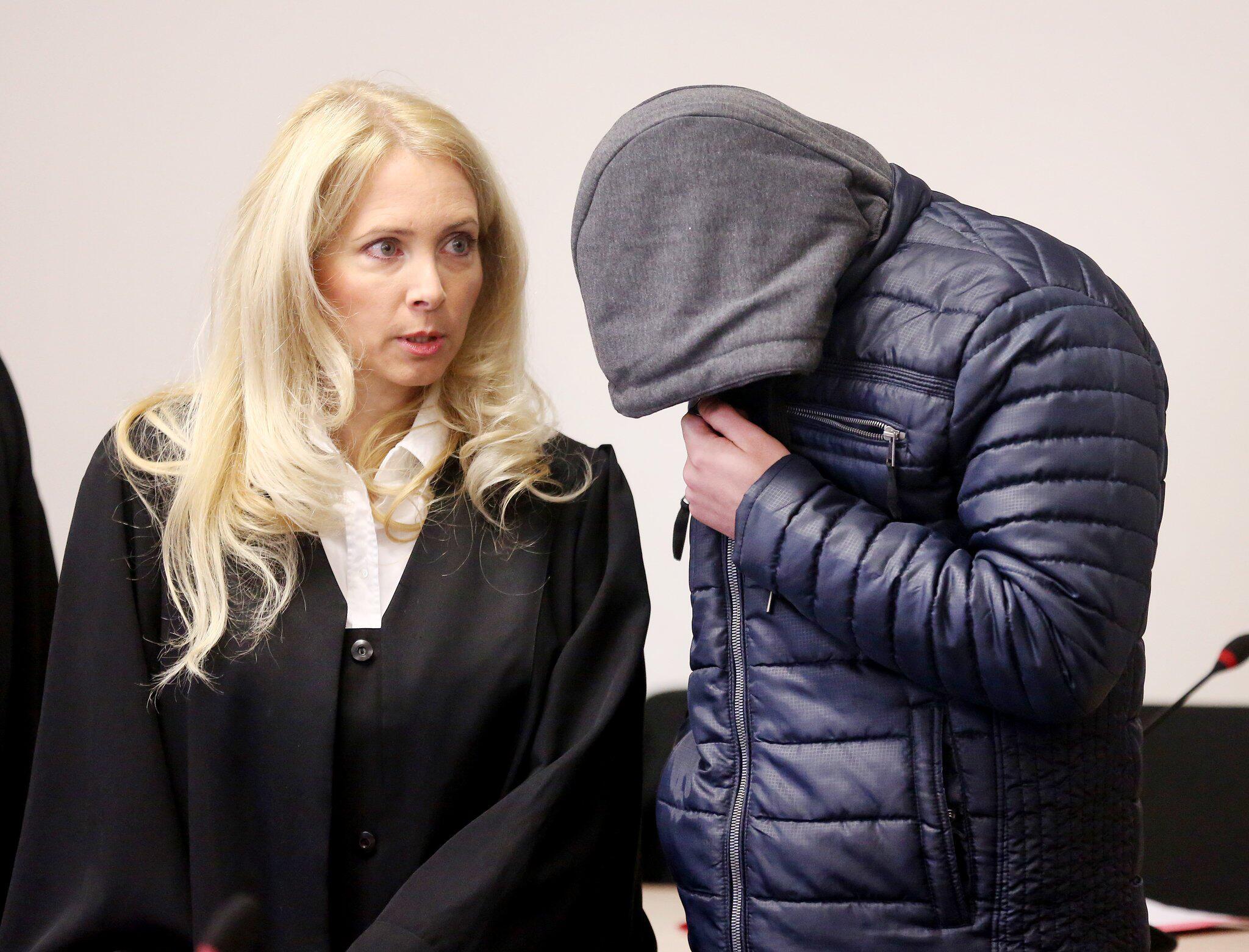 Bild zu Angeklagte müssen gepixelt werden: Urteil im Prozess um Gruppenv