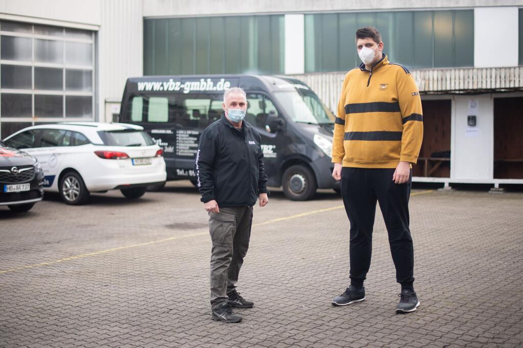 Führerschein mit 2,24 Meter Körpergröße