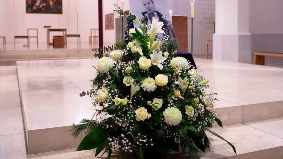 Trauerfeier für Magier Siegfried Fischbacher